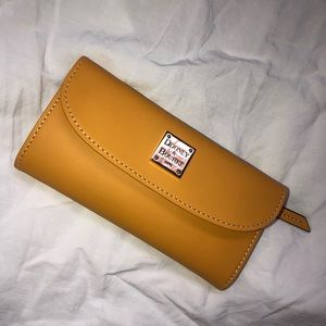 Dooney and Bourke Wallet. Never used.